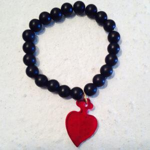 perle di agata opaca e cuore rosso